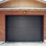 Как следует правильно утеплить гаражные ворота самому?