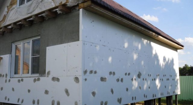 Как подготовить фасад для окраски