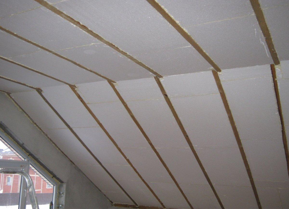Как утеплить потолок пенопластом