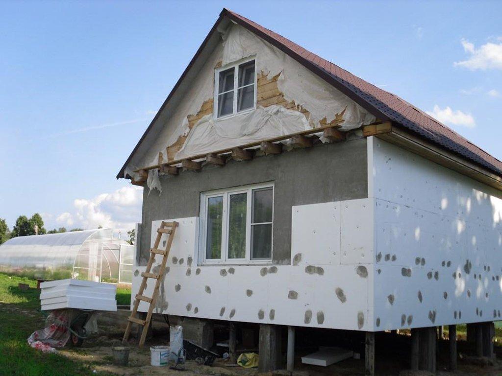 Утепляем каркасный дом своими руками
