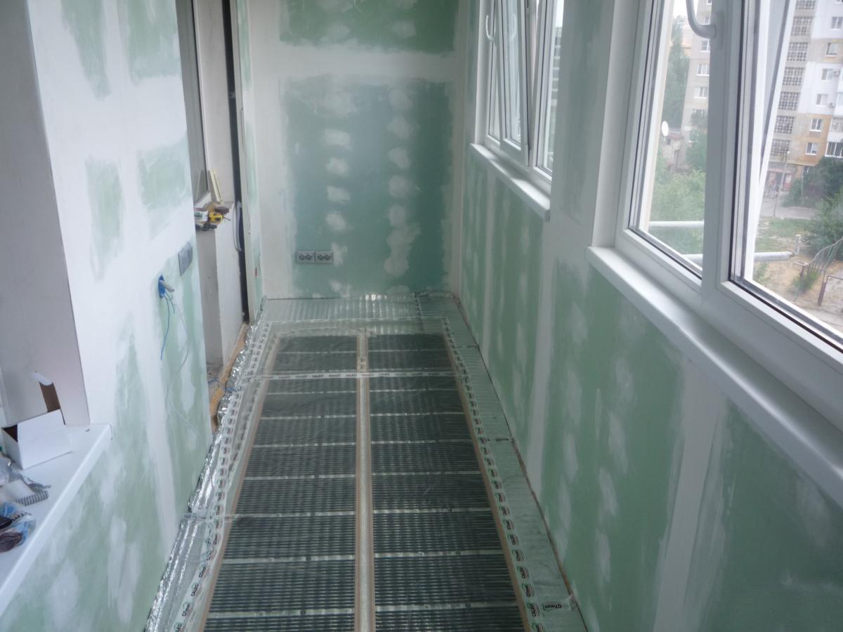 Как утеплить балкон без посторонней помощи