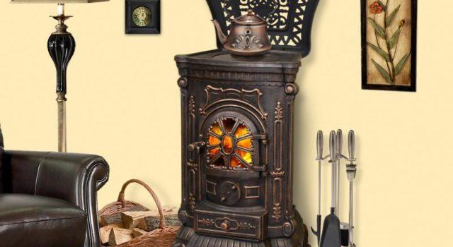 Дровяная печь из металла для дома