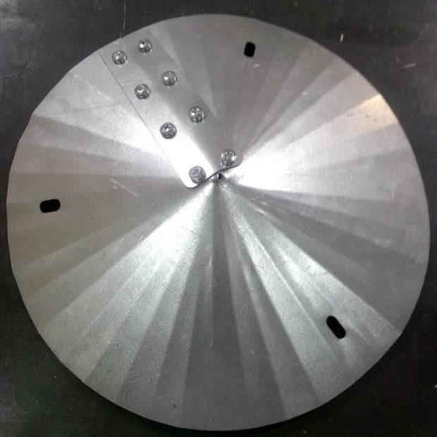 Крепление металлических деталей