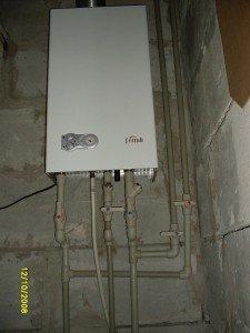 Необходимо быть внимательным при подключении котла к электросетям