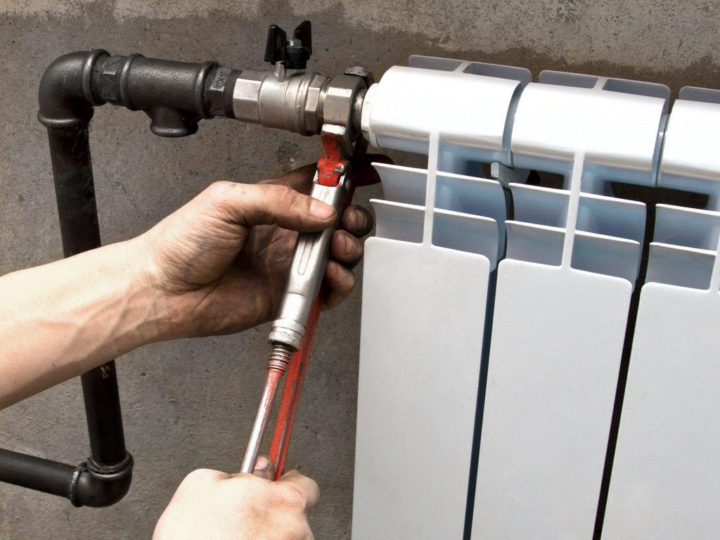 Крепежные элементы для радиаторов отопления