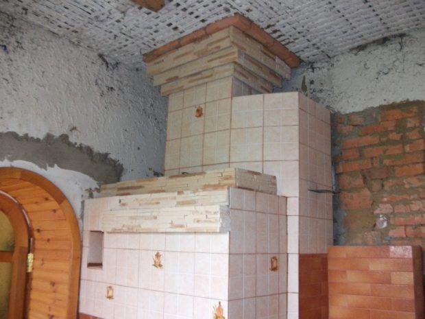 Печь, отделанная плиткой