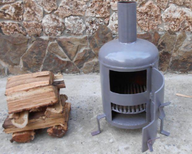 Простейшая печь на дровах