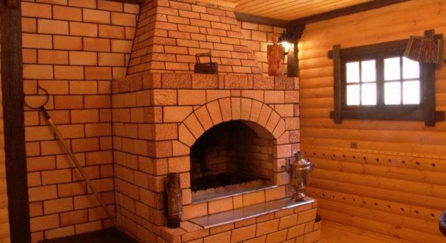 Кирпичная печь в доме