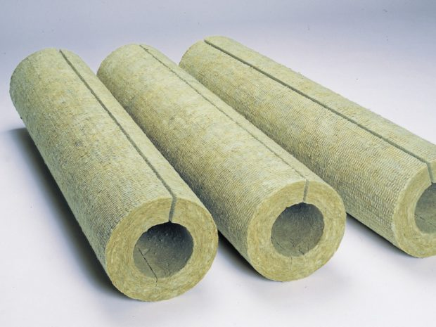 Теплоизоляционный материал в цилиндрах