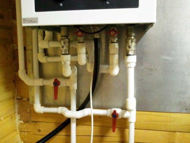 Подключение котла к магистралям отопления и водоснабжения