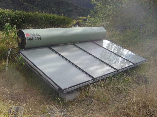 Пассивный солнечный водонагреватель