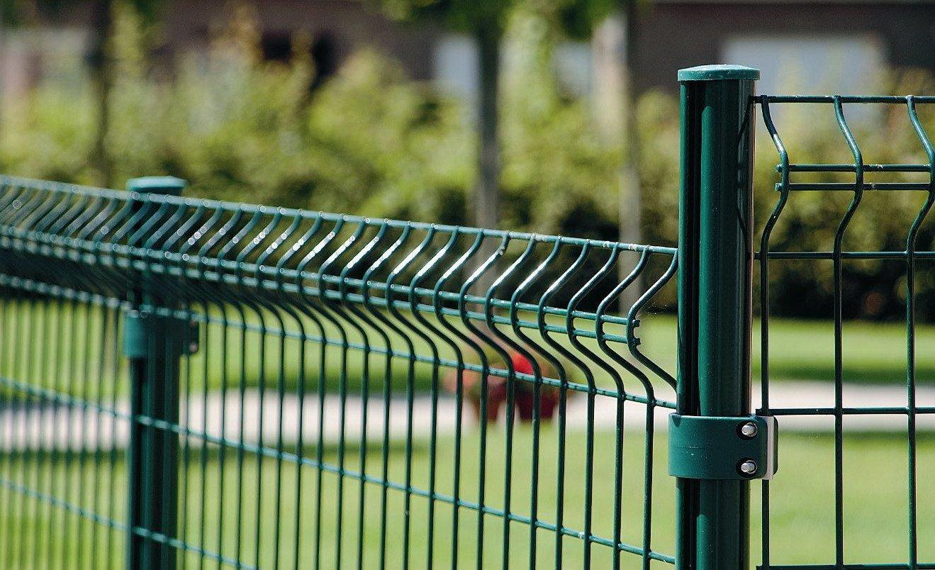 Забор 3D из железных прутьев